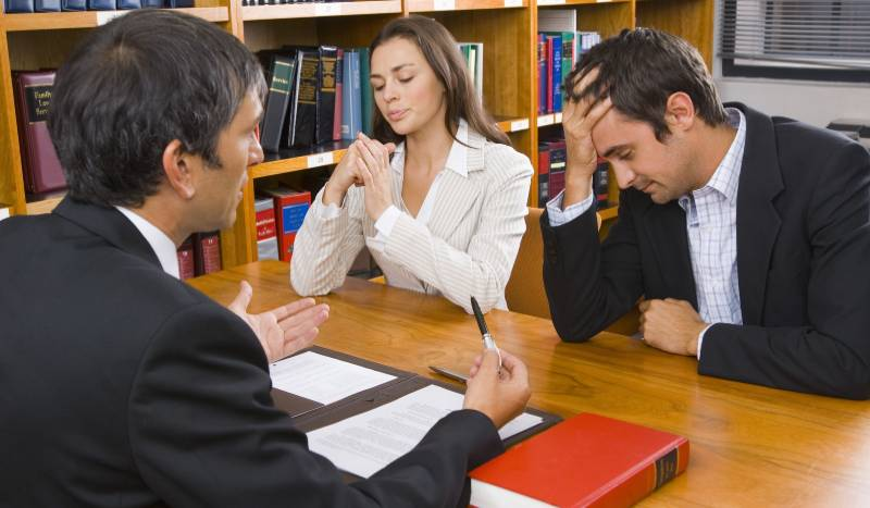 Choosing the Best Divorce Lawyer